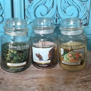 Lot of 3 Yankee candles